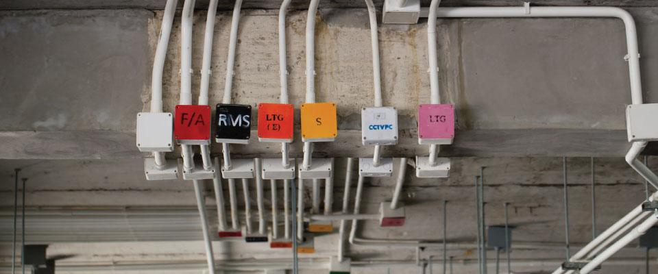 industrial-electrical-installer
